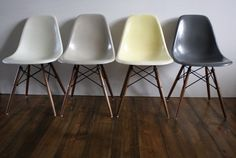 Eames Herman Miller DSW side chairs in Grey / GREIGE