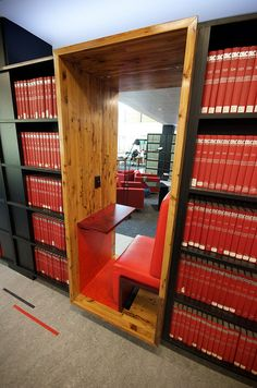 University of Melbourne: Shelf seating #bclibrary