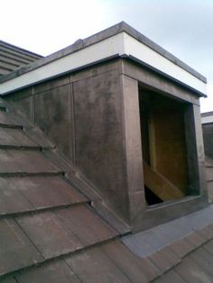 lead clad dormer - Google Search Roof Detail, Slate Roof, Roof Tiles, Loft Ideas, Cladding, My House, Garage Doors, Shed, Construction