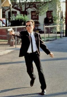 RESERVOIR DOGS - Comic Book and Movie Reviews  Reservoir Dogs Cosplay