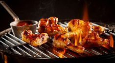 [New] The 10 Best Snack Ideas Today (with Pictures) - Chicken wings are great for any occasion. They are even better when grilled up with all that extra smokey flavour. Barbecue Chicken, Marinated Chicken, Grilled Chicken, Tandoori Chicken, Indian Food Recipes, Ethnic Recipes, Desi Food, Food Categories, Iftar