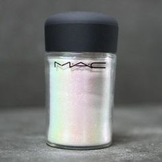 MAC Glitter Brilliants Pigment in Reflects Teal  Must be genuine.