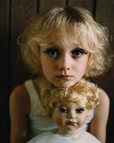 Dakota Fanning (In no way do I condone putting makeup like this on little girls...but this does look kind of beautiful)
