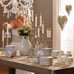 Sfesnice! http://www.insignis.ro/suport-lumanari-decoratiuni/sfesnice