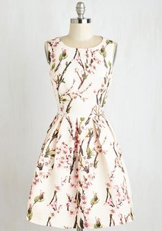Dresses - Blossoming with Beauty Dress