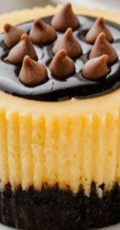 Baileys Cheesecake, Cheesecake Recipes, German Chocolate, Homemade Chocolate, Caramel Fudge, Cookie Crust, Irish Cream, Peanut Butter Cups, Other Recipes