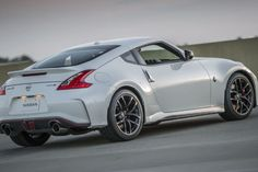Power for the new Nissan Z Nismo may come from Infiniti's twin-turbo Nissan Z, 2015 Nissan 370z Nismo, Nissan Sports Cars, Cool Sports Cars, Super Sport Cars, Super Cars, Jdm Cars, Nice Cars, Ferdinand Porsche