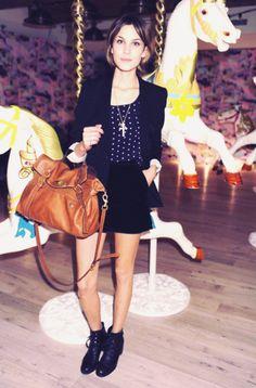 Alexa Chung. Fashion Lookbook