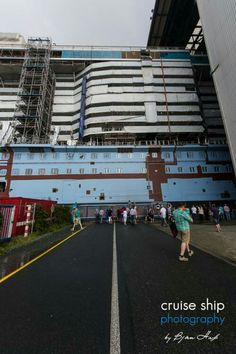 Ovation of the Seas ''Seaplex'' megablock going inside Meyer Werft Halle 6