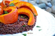 Zucca al Forno con Riso Rosso / Baked Pumpkin with Red Rice Baked Pumpkin, Orzo, Cantaloupe, Grande, Fruit, Food, Essen, Meals, Yemek