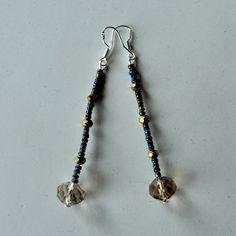 1. Nieuw: Lange oorbellen met goudkleurig kristal