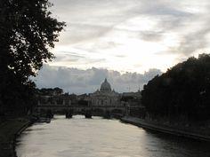 Ponte Sant'Angelo - Roma, Lazio Panorama di San Pietro.
