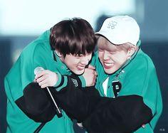 Cute #jin and #jimin @V_n1013