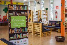 A Biblioteca Prof. Arlindo Corrêa da Silva, única biblioteca da zona rural de Betim (MG), foi inteiramente renovado utilizando mobiliários sustentáveis. Localizado em, na Instituição Social Ramacri…