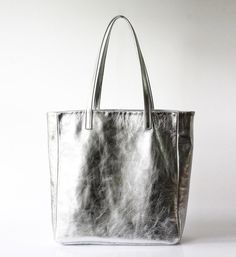 Silver Leather Tote bag - OPELLE Foil Shopper - Silver Laminated Leather