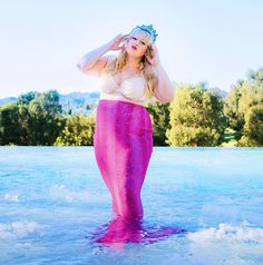 """ Other than singing I'm also good at modern dancing, olden dancing, and mermaid dancing.. It's alot of floor work - rebel Wilson pitch perfect"