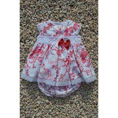 Precioso Vestido de Fiesta Bebe para Niña en Pique de algodon  forrado con puntillas y cubre pañal PVP 58 Euros Talla : 1 Año y 18 Meses Color Verde Y Rojo
