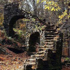Beautiful Abandoned Places @itsabandoned Jan 4, 2015