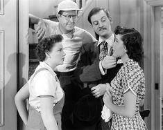 "mis actrices preferidas — Judy Garland-Gloria de Haven ""Repertorio de... Judy Garland, Couple Photos, Couples, Actresses, Couple Shots, Couple Photography, Couple, Couple Pictures"