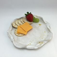 Small Fruit & Cheese Plate with Wavy Rim Hand Built Pottery, Fruit Plate, Handmade Pottery, Cool Things To Make, Clay, Plates, Cheese, Snacks, Licence Plates