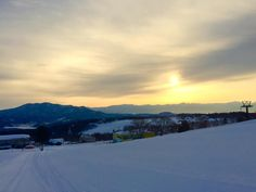 Myoko Snow Report 09 February 2015. We had a solid 25cms of fresh snow last night, and with temperatures staying down, it was nice, light, dry snow.