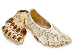 info for 83279 4a618 Vibram Jaya LR five finger shoes I really want a pair of these shoes. I  love going barefoot and these are the next best thing when you really  shouldn t  )