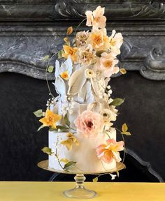 Maxine Owens (@maxowensdesign) • Instagram photos and videos Wedding Cake Designs, Wedding Cakes, Wedding Planning Inspiration, Wedding Ideas, Velvet Ring Box, Yellow Wedding, Floral Wedding, Creative Cakes, Beautiful Cakes