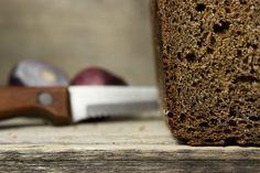 Według zasad diety, jedyny dozwolony chleb, to chleb ze skiełkowanego ziarna (esseński - więcej tutaj), ale nie jest do końca prawda. Tak naprawdę można je