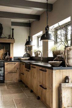 Home Decor Kitchen .Home Decor Kitchen Modern Farmhouse Kitchens, Farmhouse Kitchen Decor, Home Decor Kitchen, Interior Design Kitchen, Home Kitchens, Kitchen Wood, Hickory Kitchen Cabinets, Barn Kitchen, Loft Kitchen