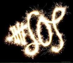 Let's all have a rockin' 2015 5SOS FAM!!!!