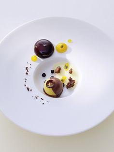 Relais & Châteaux - La Vie. Restaurant of a Grand Chef Thomas Bühner. Krahnstrasse 1-2 D-49074 Osnabrück - Niedersachsen
