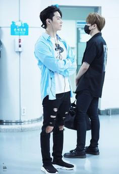 yeah...that's GOT7 — 19940106: for def | do not edit.