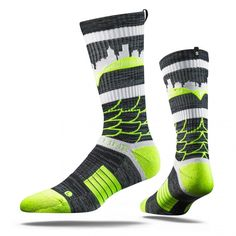 "Strideline Yellow Feather Socks, Strapped Fit 2.0 #harrydasher The New STRIDELINE Strapped Fit 2.0 is the most comfortable sock in the world. Sweat Wicking Select Terry pads coupled with a patented Heel Strap offer a secure & cushioned fit unique to anything else on the market. With the addition of our new Digital Ink technology & distinct ""S"" tag, heightened design meets technical performance in our most innovative sock yet. One size. #Strideline #yellow #feather #socks #sports #mens…"