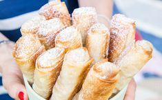 Mini Apple Strudel Recipe, Strudel Recipes, Mini Desserts, Cookie Desserts, Sweet Recipes, Snack Recipes, Low Fat Low Carb, Sweet Pastries, Food Test