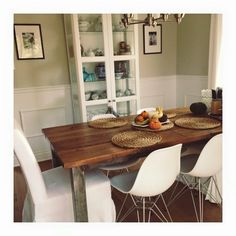 Tables de salle à manger - banquettes, ilot de cuisine