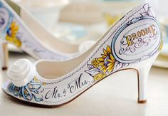This is actually a pretty cool idea for like after your wedding as a keep sake