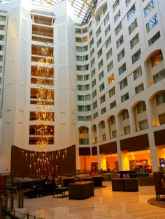 A Traveler S Look At The Grand Hyatt Washington D C Full Service Four Star Hotel In Prime Downtown Location Travel Bloggers Leigh Powell Hines