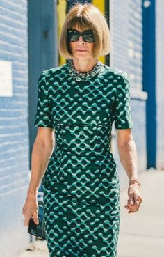 A classic Anna Wintour style outfit . // The Best Street Style Inspiration From New York Fashion Week: (http://www.racked.com/2015/9/11/9309889/nyfw-street-style#4834070)