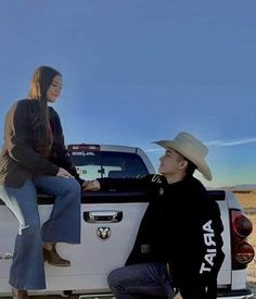 Country Couple Pictures, Cute Country Couples, Country Girls Outfits, Cute N Country, Cute Couple Pictures, Cute Couples Goals, Cute Cowgirl Outfits, Cute Baby Boy Outfits, Relationship Goals Pictures