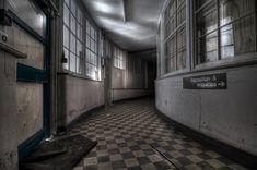 Scary Insane Asylum | One of 2 curved asylum corridors in the UK