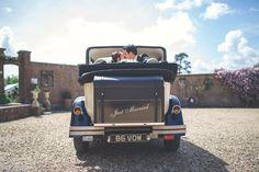 Just married wedding car bride groom kiss - Wedding photography Wedding Kiss, Wedding Car, Our Wedding, Just Married, Bride Groom, Wedding Photography, Outdoor Decor, Wedding Photos, Wedding Pictures