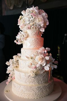 1000 images about blossom cakery on pinterest floral wedding cakes