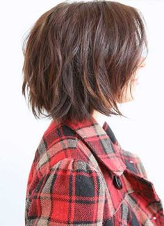 soft-wavy-brown-bob