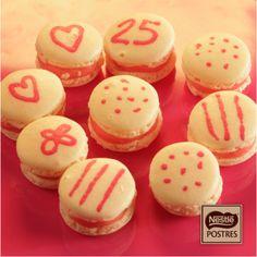 Macarons decorados rellenos de Chocolate Blanco y Piruleta