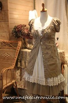 looks diyable. At least the top dress. I'd wear it :)