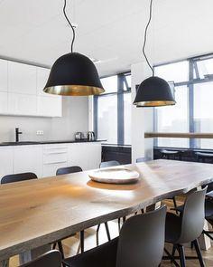 """16 Synes godt om, 2 kommentarer – Storelamper (@storelamper) på Instagram: """"Prosjekt levert av Norr11 - bord, stoler og lamper @storelamper #norr11 #dansk #design #lys #lamper"""""""