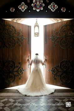 Wedding Photography - Happy and relaxed wedding photos. indoor wedding photography lighting snap plan 4504077067 mentioned on 20190304 , Perfect Wedding, Dream Wedding, Wedding Day, Formal Wedding, Wedding Images, Wedding Pictures, Missouri, Bride Of Christ, Photo Couple