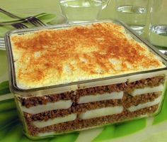 Carbohydrates Food List, Brazillian Food, Beef Recipes, Cooking Recipes, Tasty, Yummy Food, Portuguese Recipes, Love Food, Food And Drink