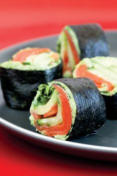 Salmon/Avocado rolls - Sushi rolls without the rice! Great for people watching their carbs! #lowcarb #sushi