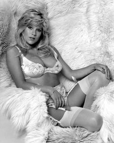 "Samantha Fox is an English singer/songwriter, actress, and model. These are the absolute hottest pictures of Samantha Fox you'll find compiled into an image gallery anywhere on the net.Best known for her hit single ""Touch Me"", Samantha Fox is also very well known for being hot. That's why..."